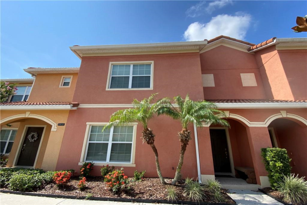 8956 CAT PALM RD, KISSIMMEE