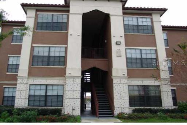 6137 METROWEST BLVD #301, ORLANDO