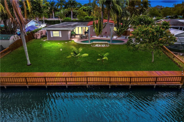 4230 NW 12th St, Coconut Creek