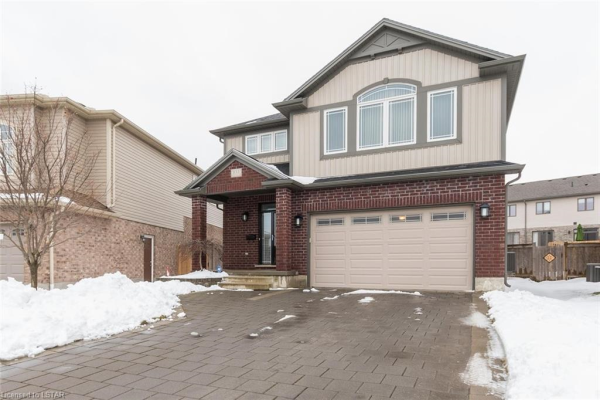 655 SPRINGWOOD Crescent, London