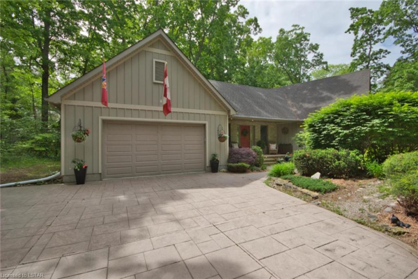 10354 SHERWOOD Crescent, Grand Bend