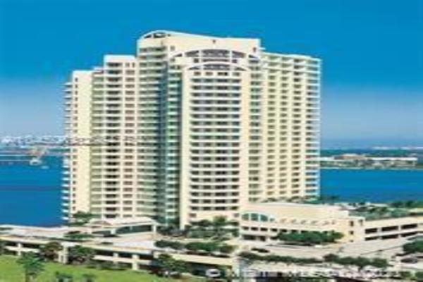 888 Brickell Key Dr, Miami