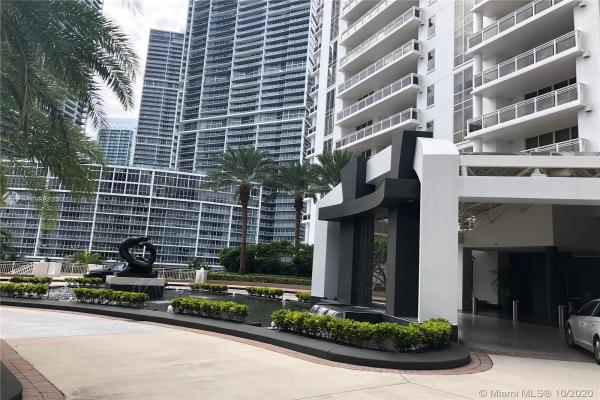 901 Brickell Key Blvd, Miami