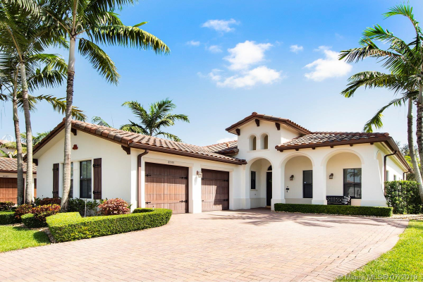 8503 NW 38th St, Cooper City