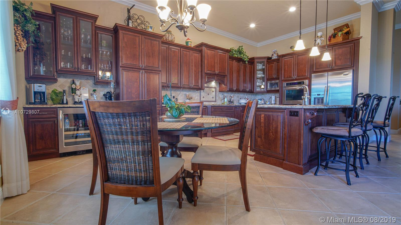 Listing A10729807 - Large Photo # 7