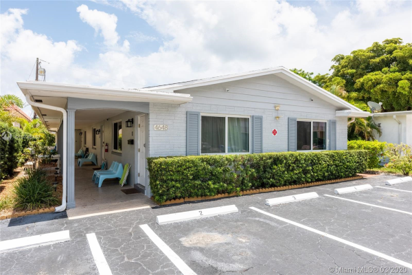 4648 Poinciana St, Lauderdale By The Sea