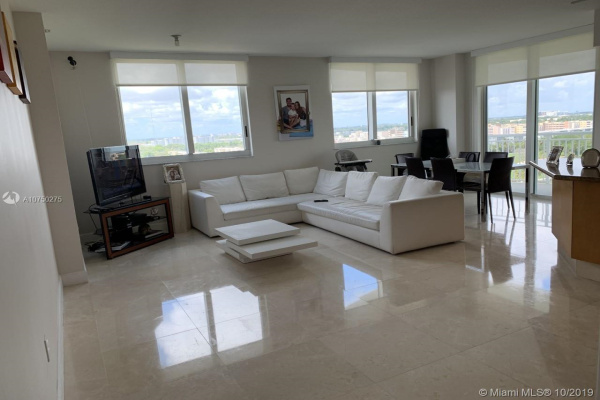 1745 E Hallandale Beach Blvd, Hallandale