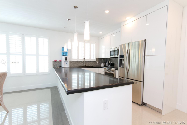 10178 Collins Ave, Bal Harbour