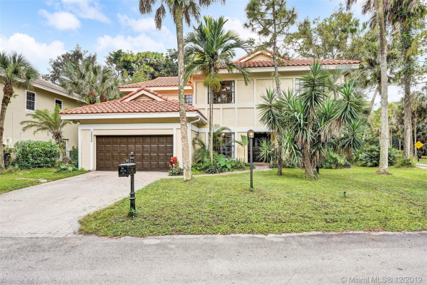 3600 High Pine Dr, Coral Springs