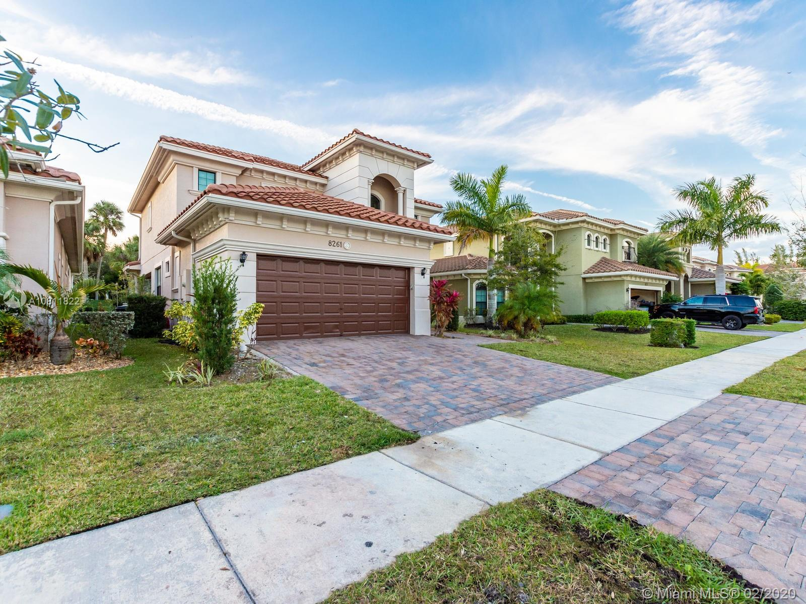 Listing A10811822 - Large Photo # 2