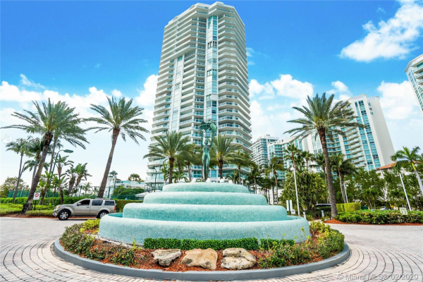 16400 Collins Ave, Sunny Isles Beach