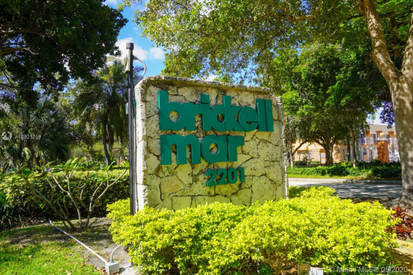 2201 Brickell Ave, Miami