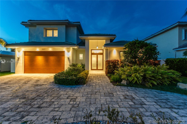 227 N Avalon Ave, Lauderdale By The Sea