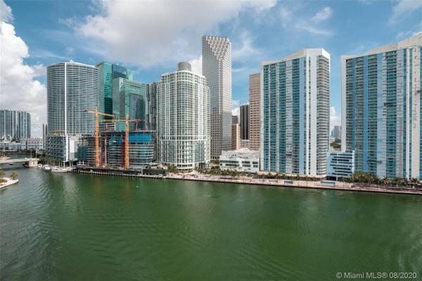 900 Brickell Key Blvd, Miami