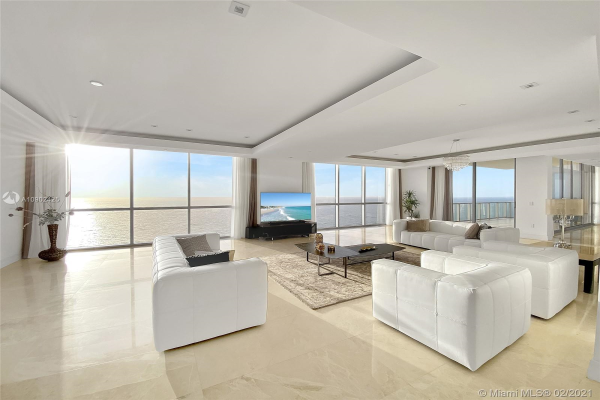 17749 Collins Ave, Sunny Isles Beach
