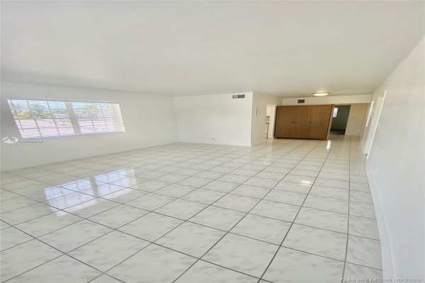 4346 E Tradewinds Ave, Lauderdale By The Sea