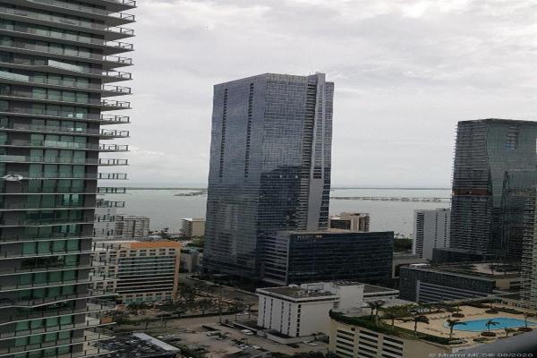 60 SW 13th St, Miami