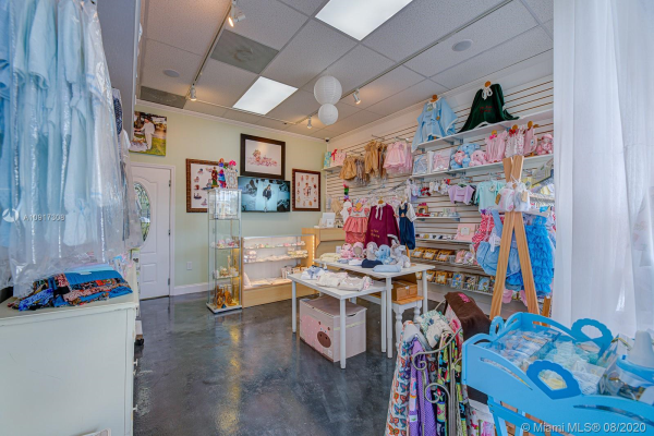 Baby Boutique, Kendall