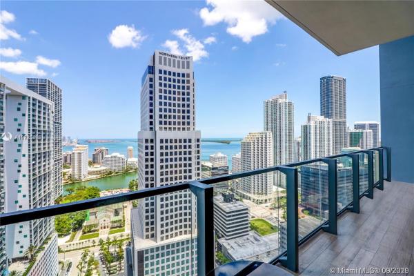 68 SE 6 ST, Miami