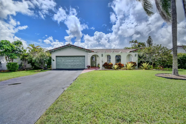 1843 NW 83rd Dr, Coral Springs