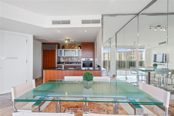 17201 Collins Ave, Sunny Isles Beach