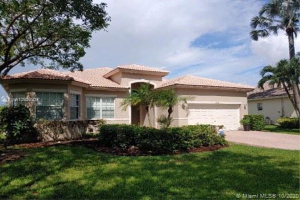 5766 NW 50th Dr, Coral Springs