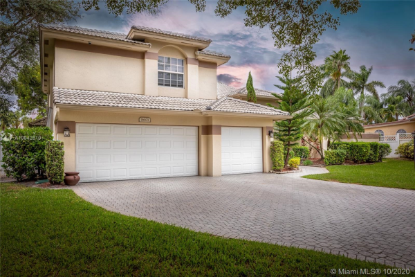 8601 NW 45th St, Coral Springs