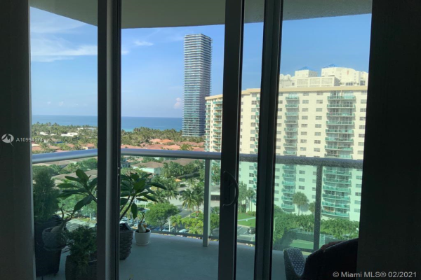 19380 Collins Ave, Sunny Isles Beach