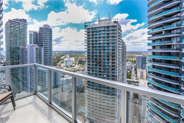 1050 Brickell Ave, Miami