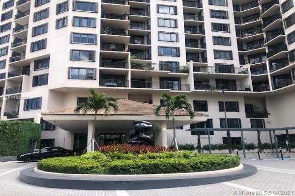 540 Brickell Key Dr, Miami