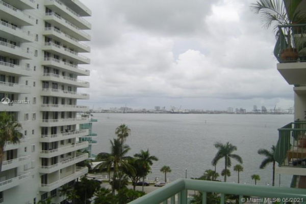 1408 Brickell Bay Dr, Miami