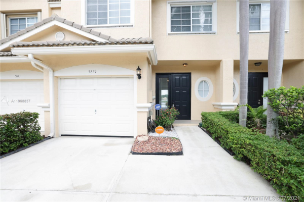 5849 NW 48th Ave, Coconut Creek