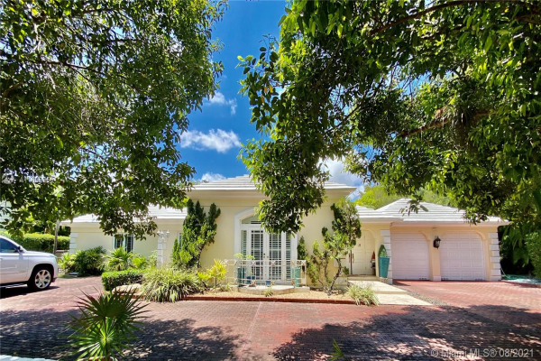 1361 Alegriano Ave, Coral Gables