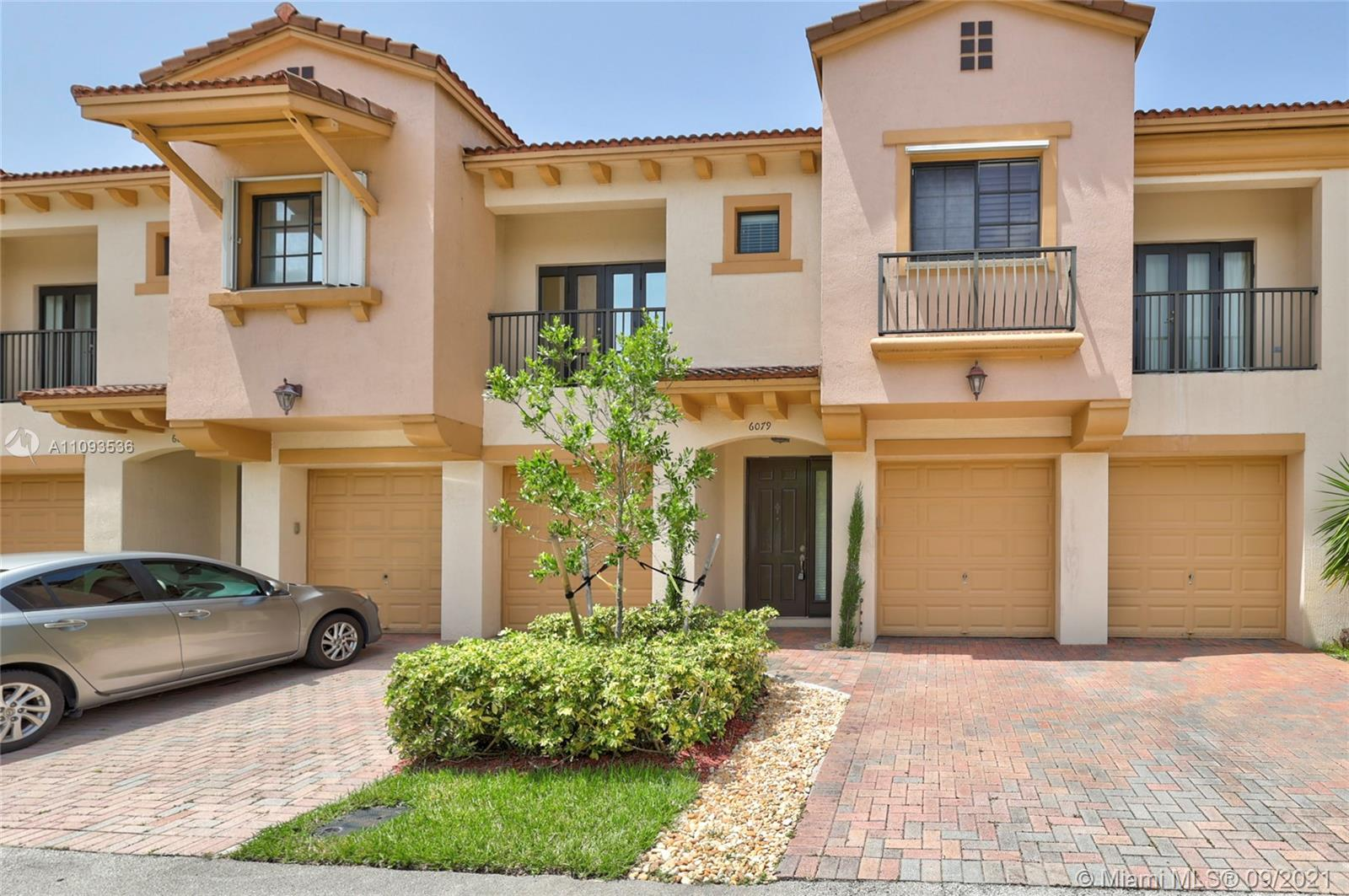 Listing A11093536 - Large Photo # 3
