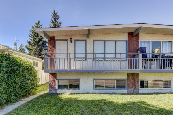 8537 BOWNESS Road NW, Calgary