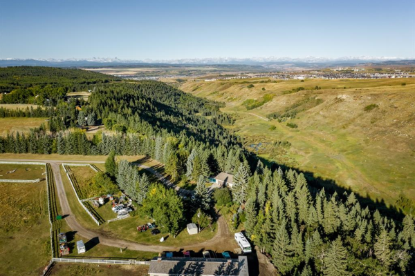 102 GREEN VALLEY Estates, Rural Rocky View County