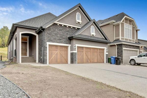 184 Cranbrook Drive SE, Calgary