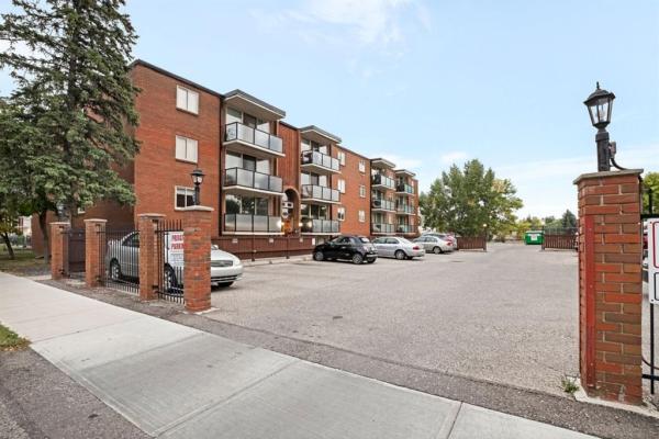 1411 7 Avenue NW, Calgary