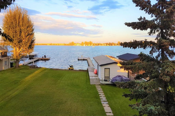 444 West Chestermere Drive, Chestermere