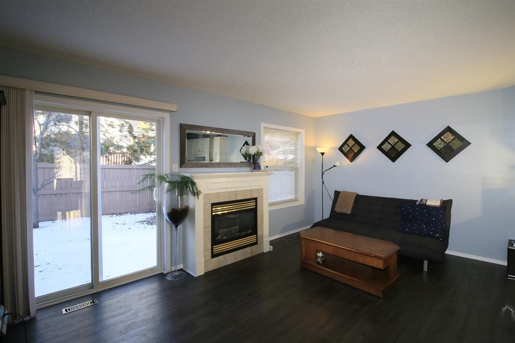 Listing A1041420 - Thumbmnail Photo # 7