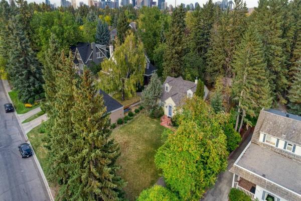 3014 10 Street SW, Calgary