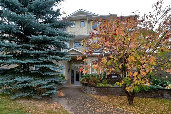 4718 Stanley Road SW, Calgary