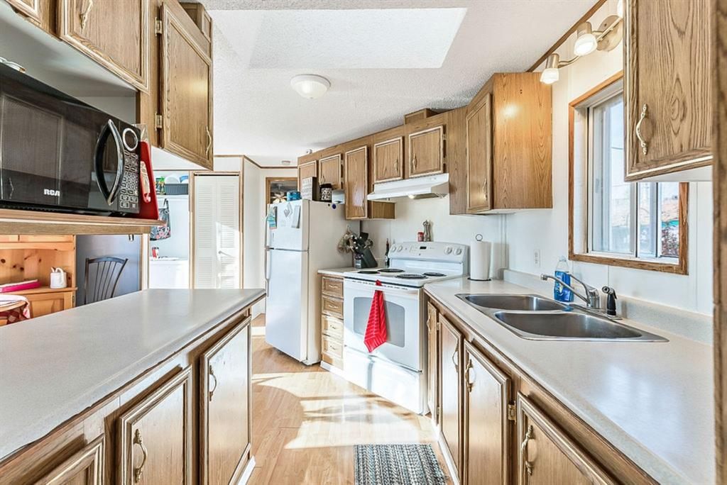Listing A1047179 - Large Photo # 11