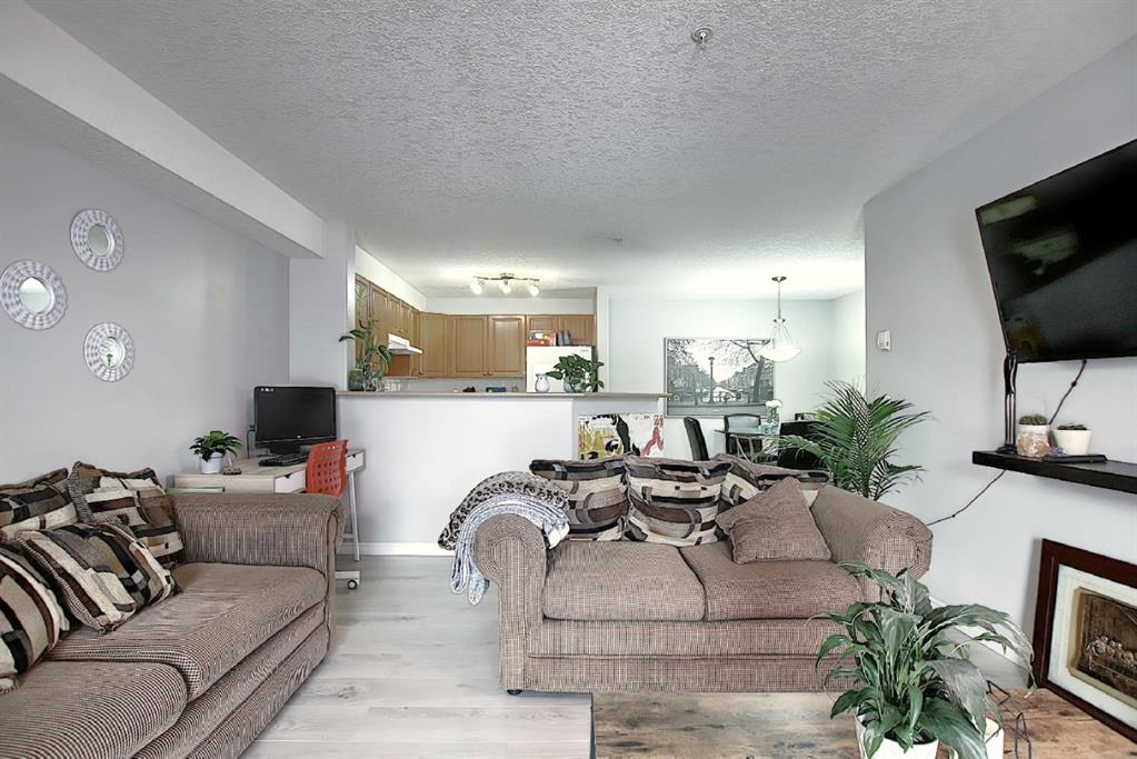 Listing A1049614 - Large Photo # 11