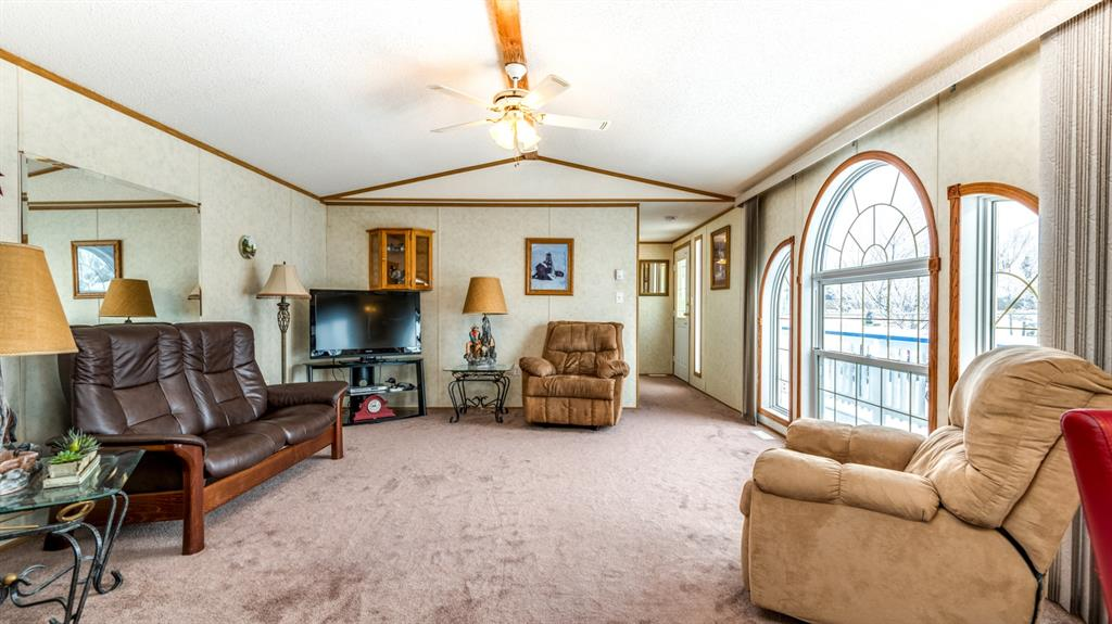 Listing A1051776 - Large Photo # 9