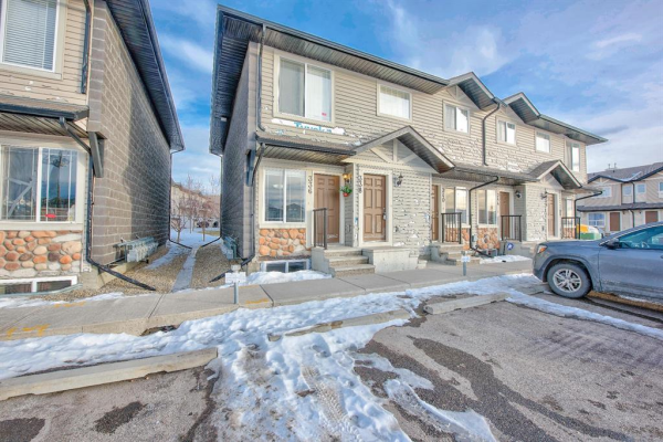 336 SADDLEBROOK Point NE, Calgary