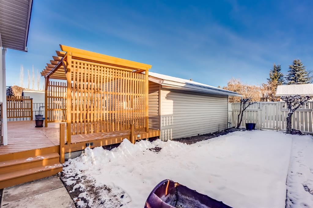 Listing A1054088 - Large Photo # 27