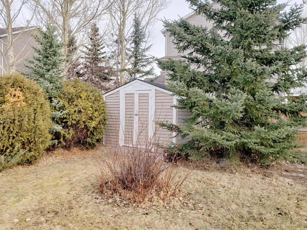 Listing A1054339 - Thumbmnail Photo # 32