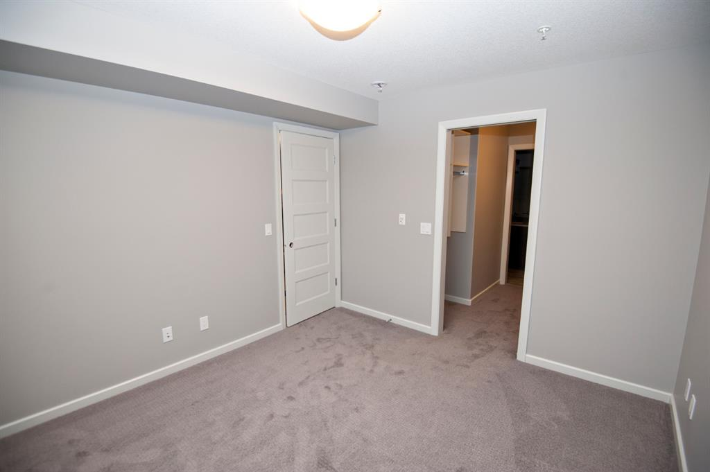 Listing A1054506 - Thumbmnail Photo # 15