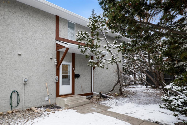 6915 Ranchview Drive NW, Calgary
